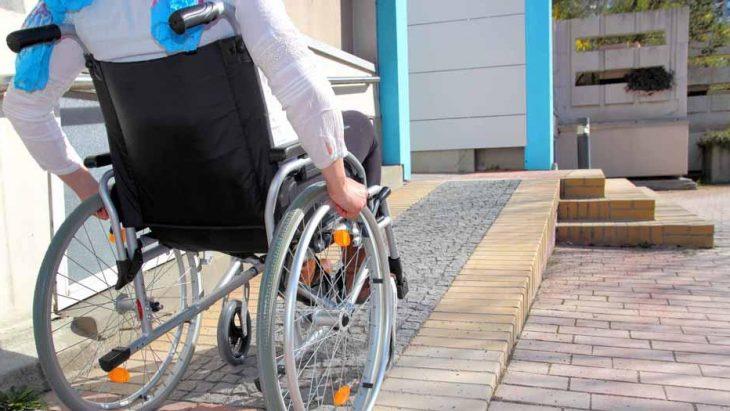 É preciso falar de acessibilidade nos condomínios.