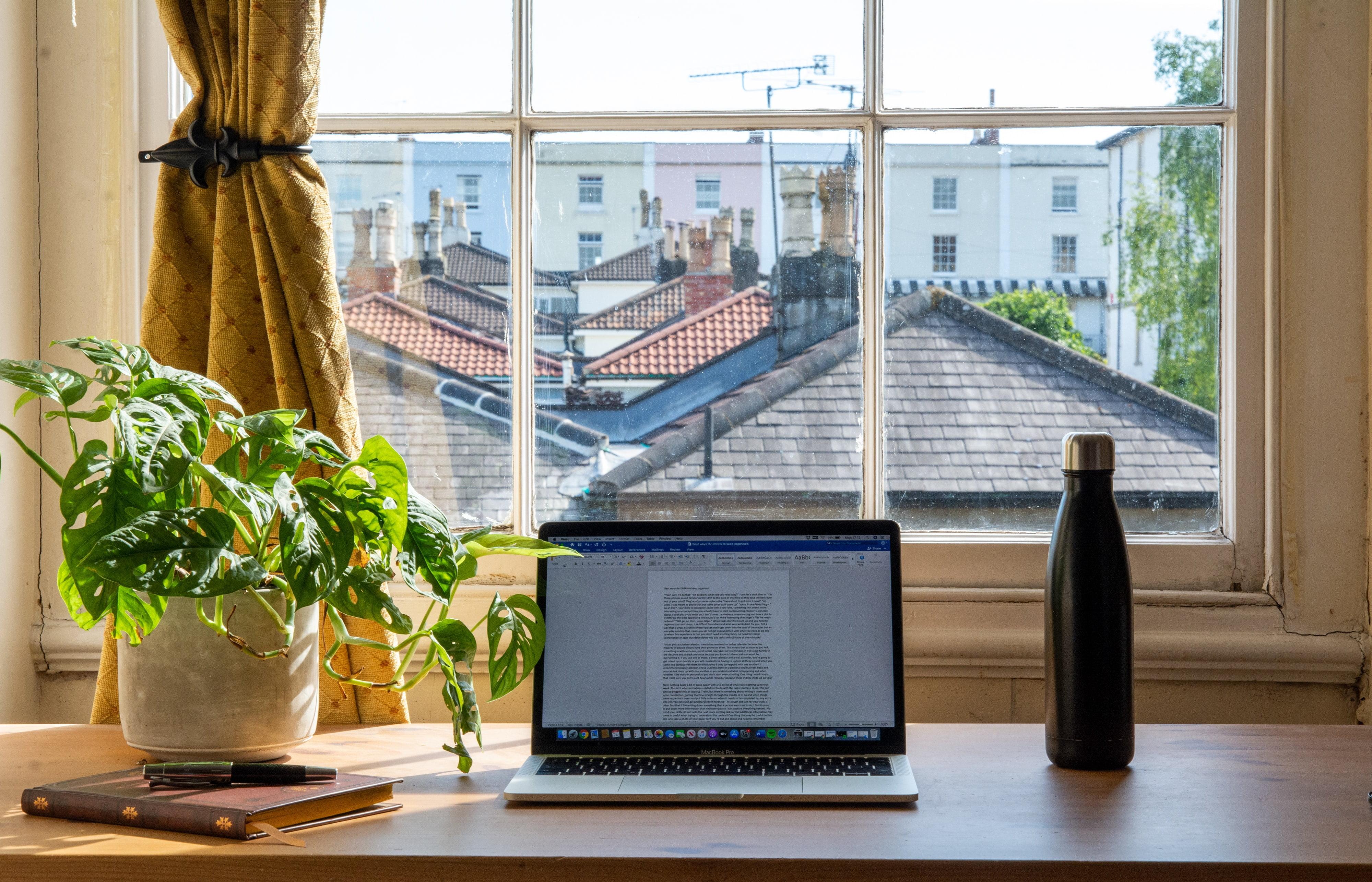 Quatro dicas para um home office funcional.